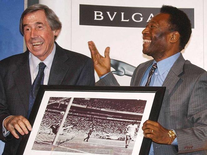 Eras un portero con magia, así despide Pelé a Banks
