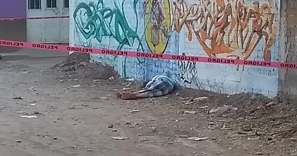 Ejecutan a un hombre atrás de la Preparatoria 11 de Tlapa