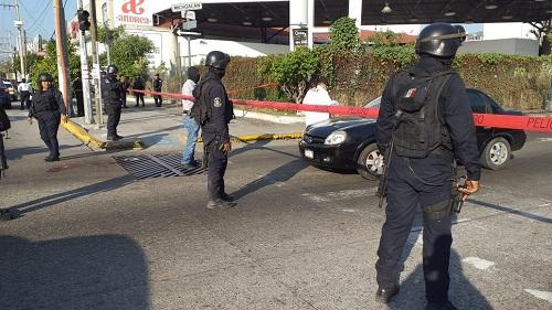 Muere en hospital, el comandante de la Policía de Acapulco atacado el jueves