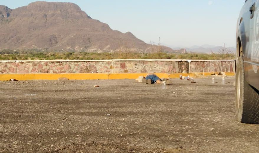Dejan un ejecutado en la carretera federal Altamirano-Iguala