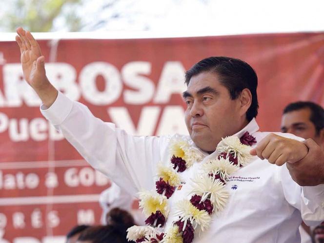 Busca Barbosa candidatura de Morena para Puebla