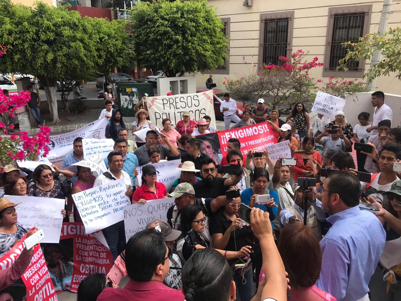 Marchan en Chilpancingo para exigir presentación con vida de la dirigente de la OPIM