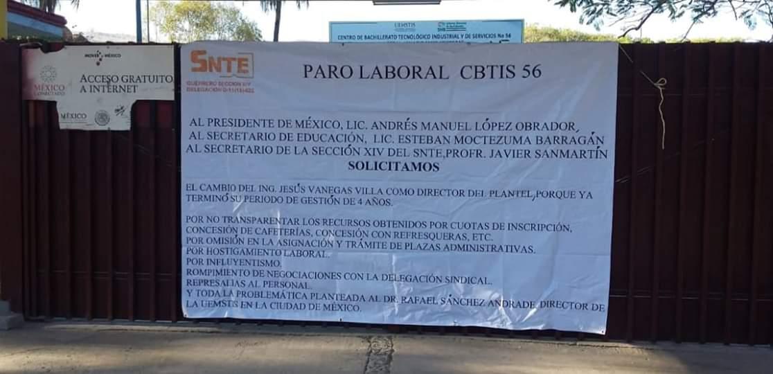 Paran labores maestros del Cbtis de Iguala; denuncian corrupción, influyentismo y represión