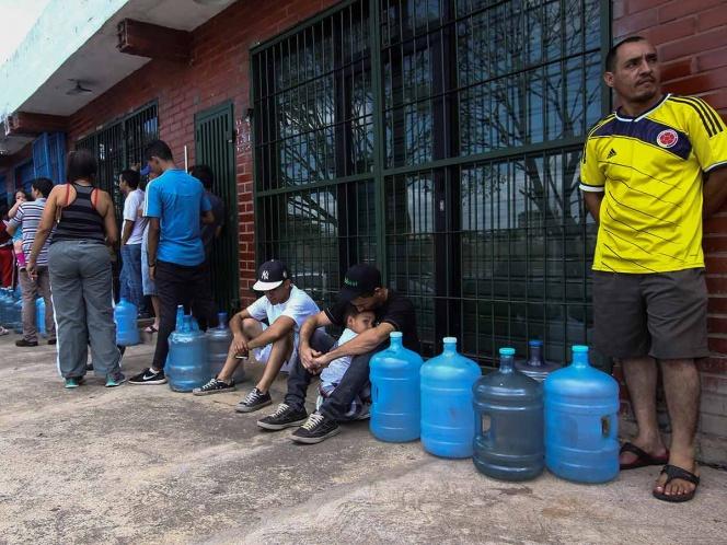 'Nos están asfixiando a todos', así sufren en Venezuela por apagón