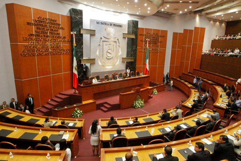 Paralizan la sesión del Congreso de Guerrero porque los diputados desconocen su propia ley orgánica