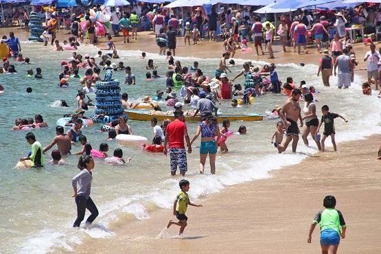 """""""Acapulco cada vez más bello"""": afirman turistas"""