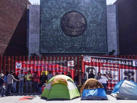 Nuevamente posponen sesión en San Lázaro por bloqueo de CNTE