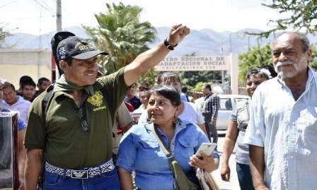 Privan de la libertad a Gonzalo Molina y otros miembros de la CRAC en la Ciudad de México