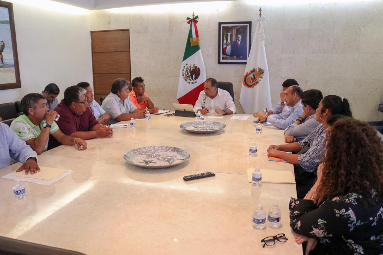No vamos a ser obstáculo en el rescate de Playa Manzanillo, acuerdan astilleros y buzos con el gobernador