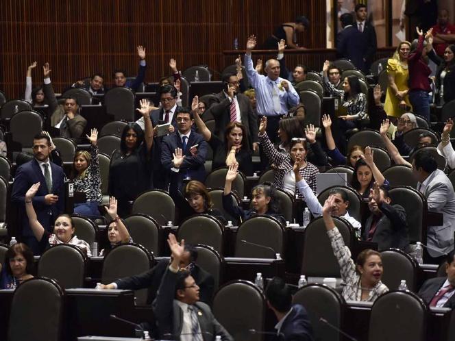 Diputados aprueban dictamen sobre consulta popular y revocación de mandato