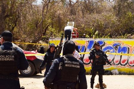 Los Otros Desaparecidos vuelven a la búsqueda en campo… con el alcalde de Iguala