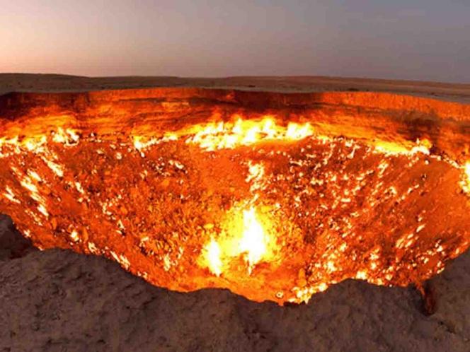 Envían dron a 'la puerta del infierno' y esto logró captar