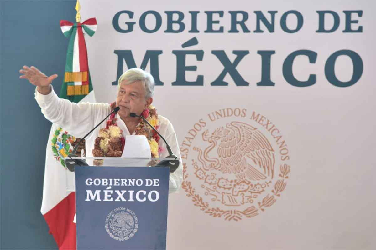 'Autoridad y delincuencia están separadas': López Obrador