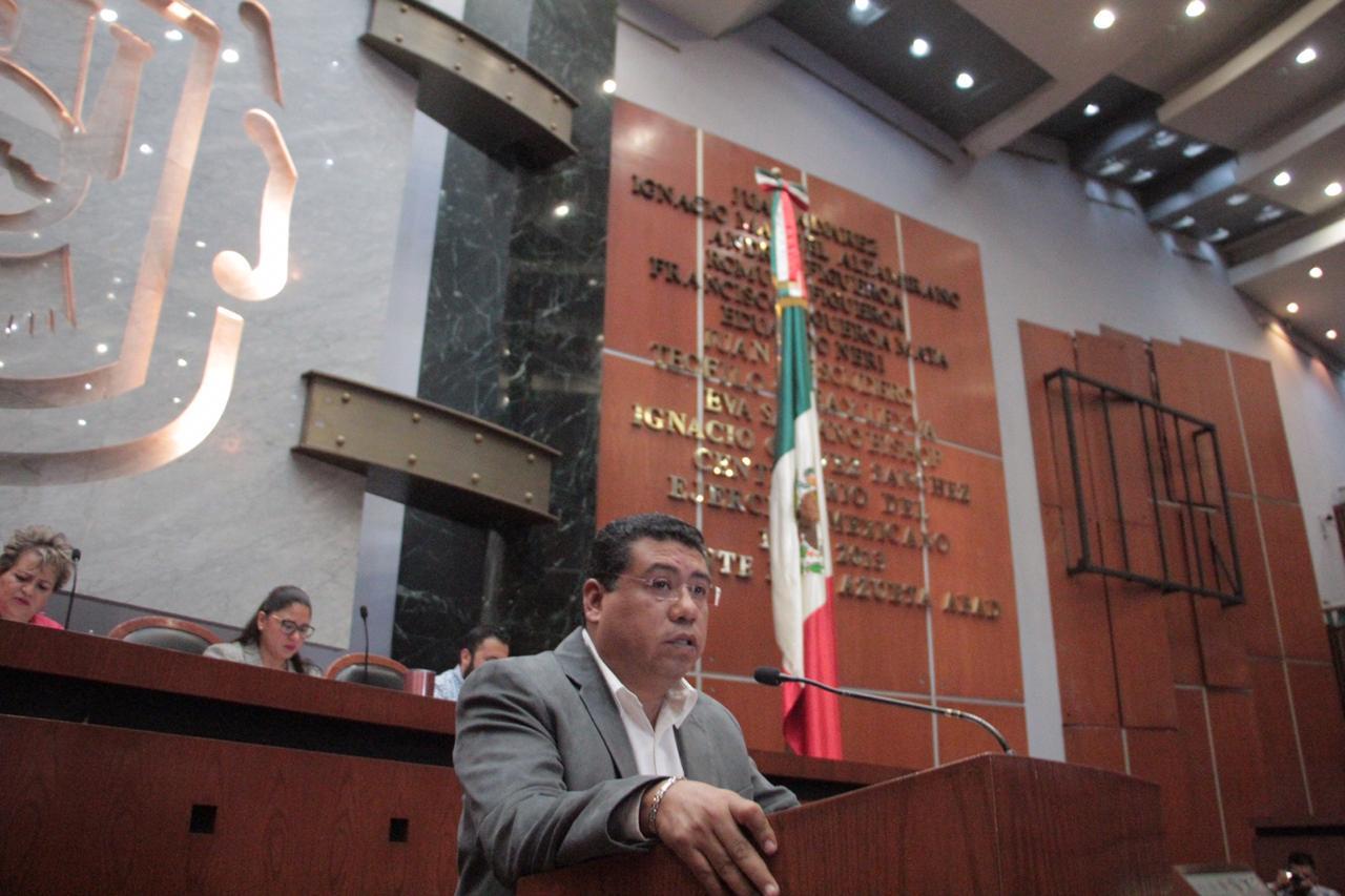 Plantea diputado Marco Antonio Cabada que ayuntamiento proporcione servicio de estacionamiento