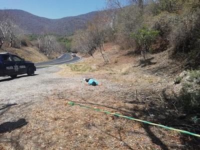 Asesinan a un hombre y lo dejan cerca de la vía federal Chilpo-Iguala