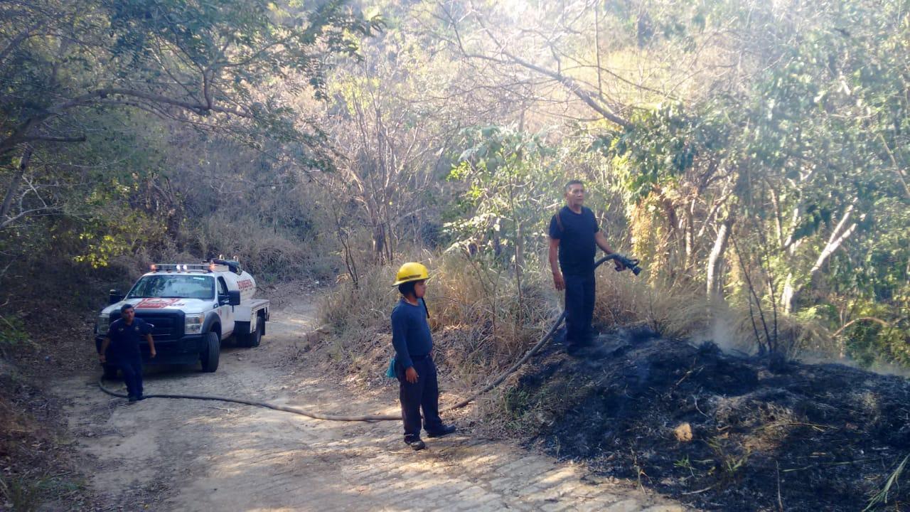 Sofocado en su totalidad, incendio en colonias de El Veladero