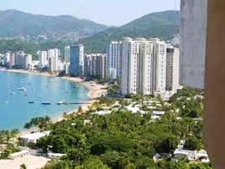 Drogan y violan a jovencita en fiesta disfrazada de privada en Acapulco