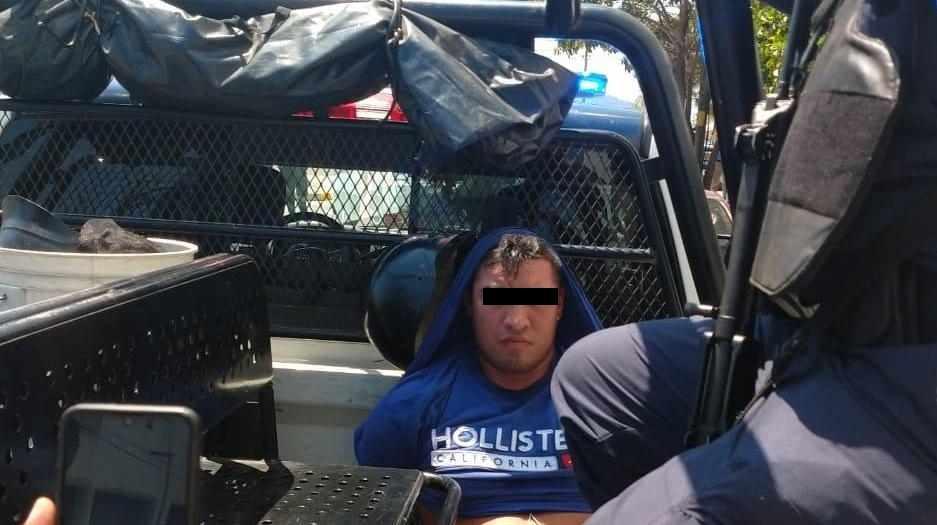 Detienen policías municipales a dos presuntos ladrones en Acapulco