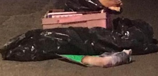 Dejan restos humanos envueltos en bolsas de plástico y con un narcomensaje