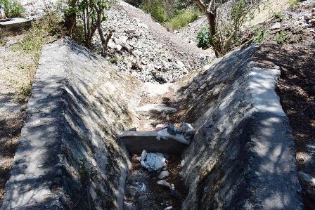 Obstruyen compuertas de presaen Chilpancingo