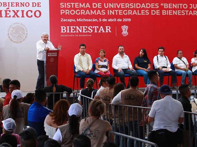 Gobierno de México centralizará sistema educativo: López Obrador