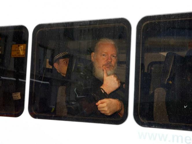 Piden priorizar extradición de Assange a Suecia