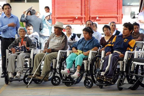 Se quejan discapacitados ante CDHEG por desalojo de policías