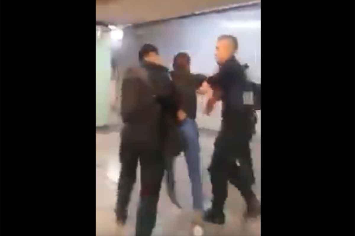 Detienen a 'peligroso' vendedor de gelatinas en el Metro
