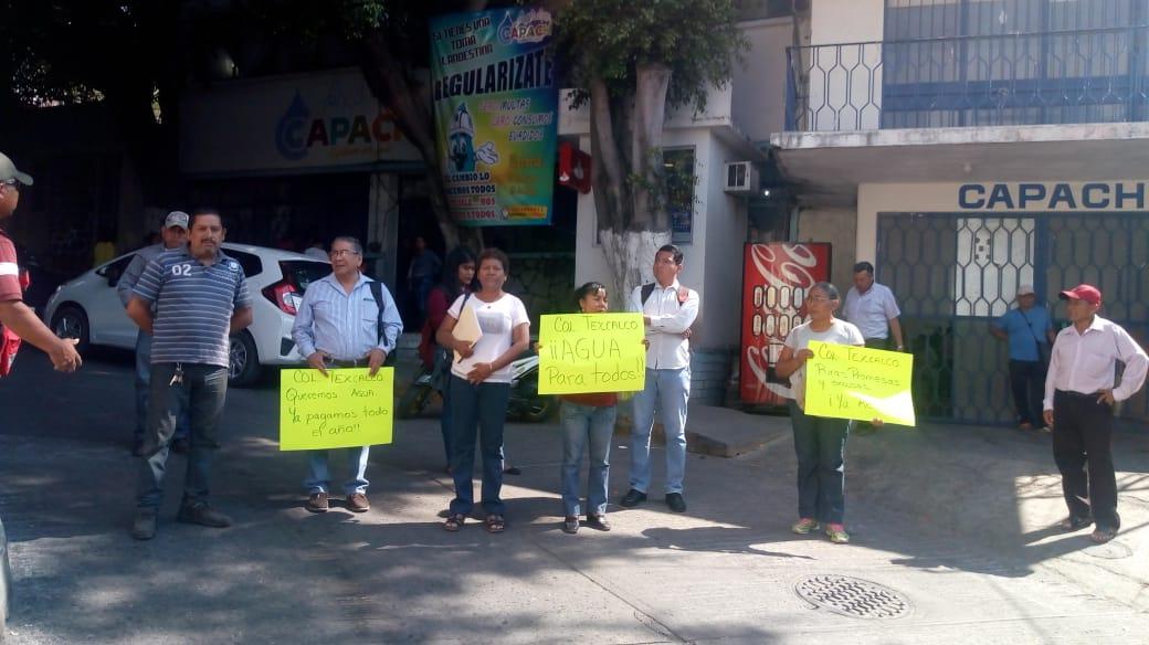 Colonos de Chilpancingo pagaron servicio de agua por todo el año, pero no les cae el líquido