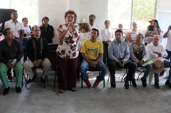 Compromete Adela Román a dependencias a atender a Venta Vieja
