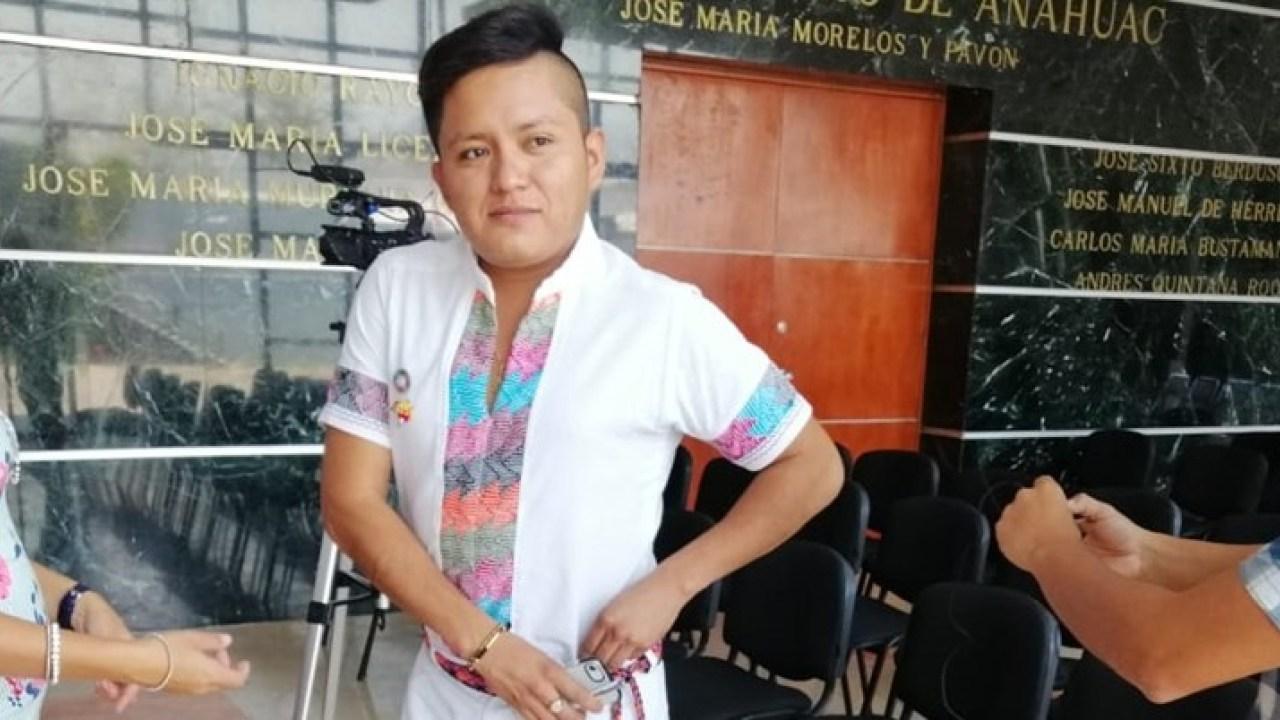 Personal de seguridad discriminó a joven indígena en Congreso de Guerrero