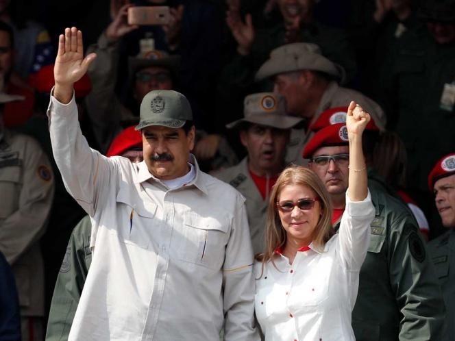 Maduro formaliza salida de la OEA, pero Guaidó se fortalece