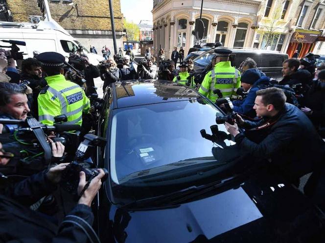 'Momento negro' a libertad de prensa: Snowden a captura de Assange