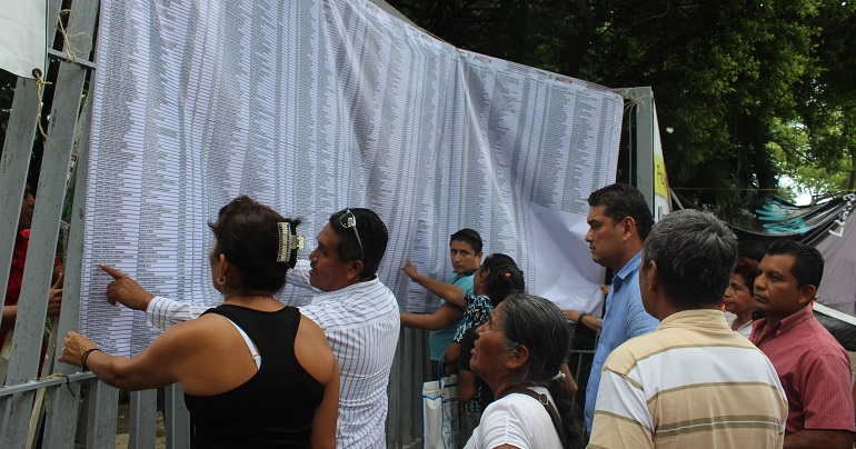 Sedesol recortará becas para estudiantes de Acapulco