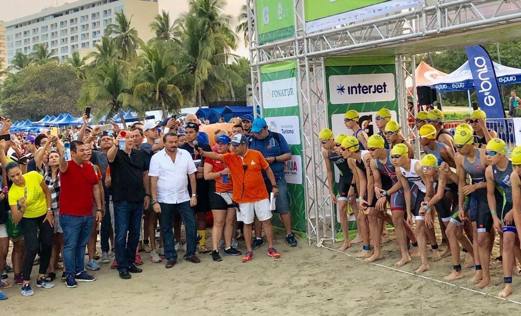 Más de 2 mil atletas participan en el 35 triatlón Ixtapa-Zihuatanejo 2019