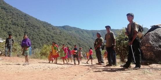 Comunitaria de Rincón de Chautla hostiga a comisarios para unirse al movimiento; denuncian