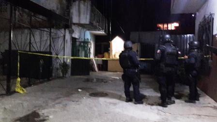 Asesinan a hombre dentro de su casa en Acapulco