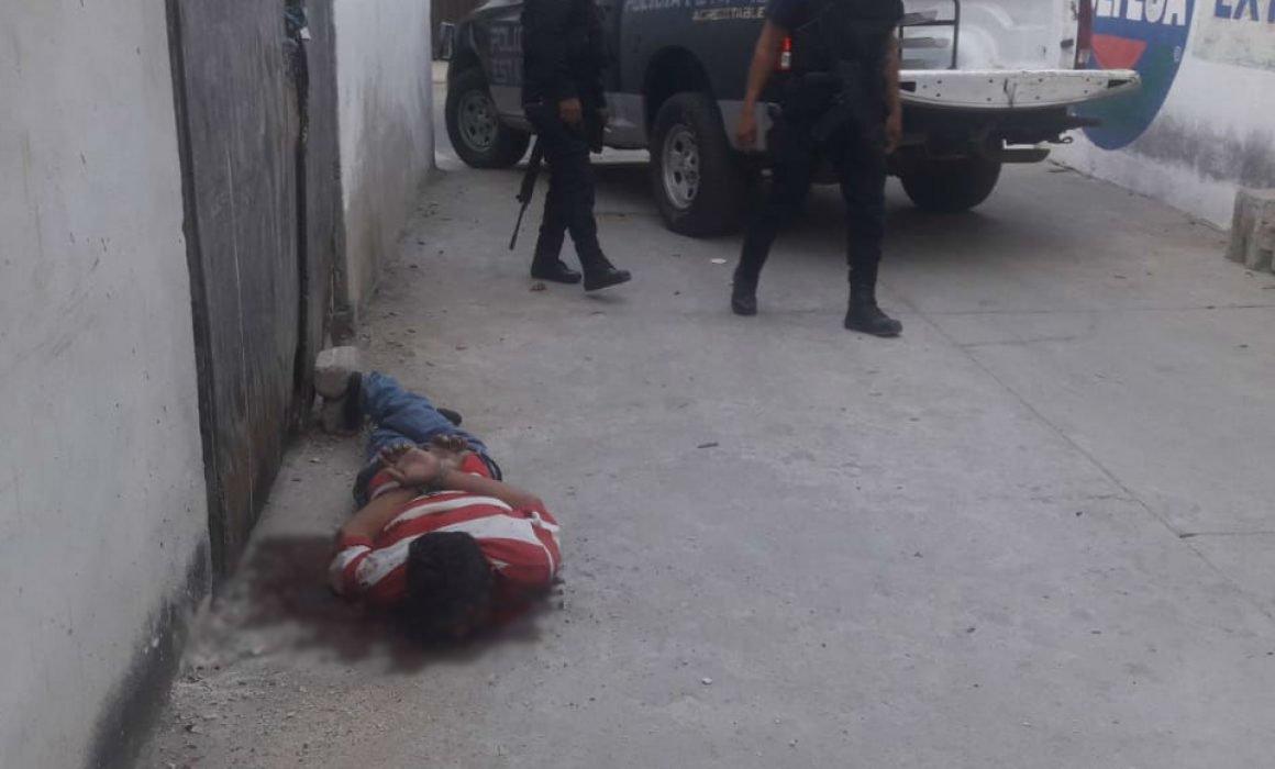 Asesinan a taxista con armas AR-15 y AK-47 en Acapulco
