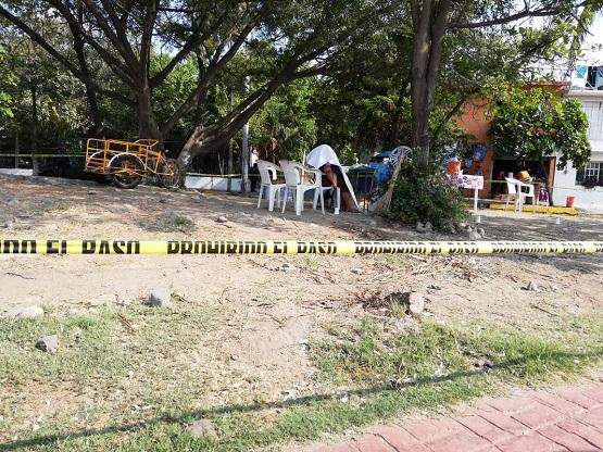Asesinan a una mujer cerca del DIF de Zihuatanejo
