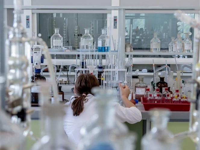 Investigan a farmacéutica por brote infeccioso en Jalisco