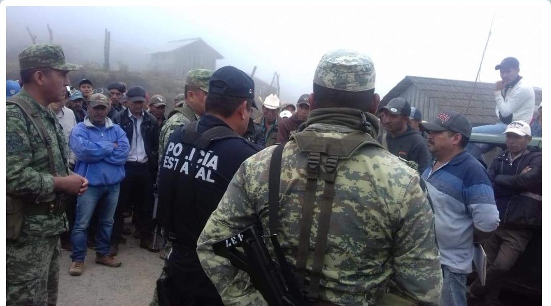 Retienen a militares y policías en la Sierra de Guerrero