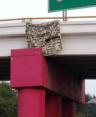 Retiran narcomanta de puente de Chilpancingo