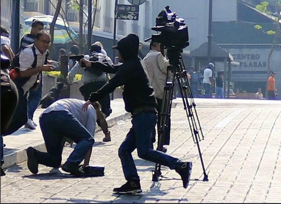 Suman dos muertos en ataque en Cuernavaca