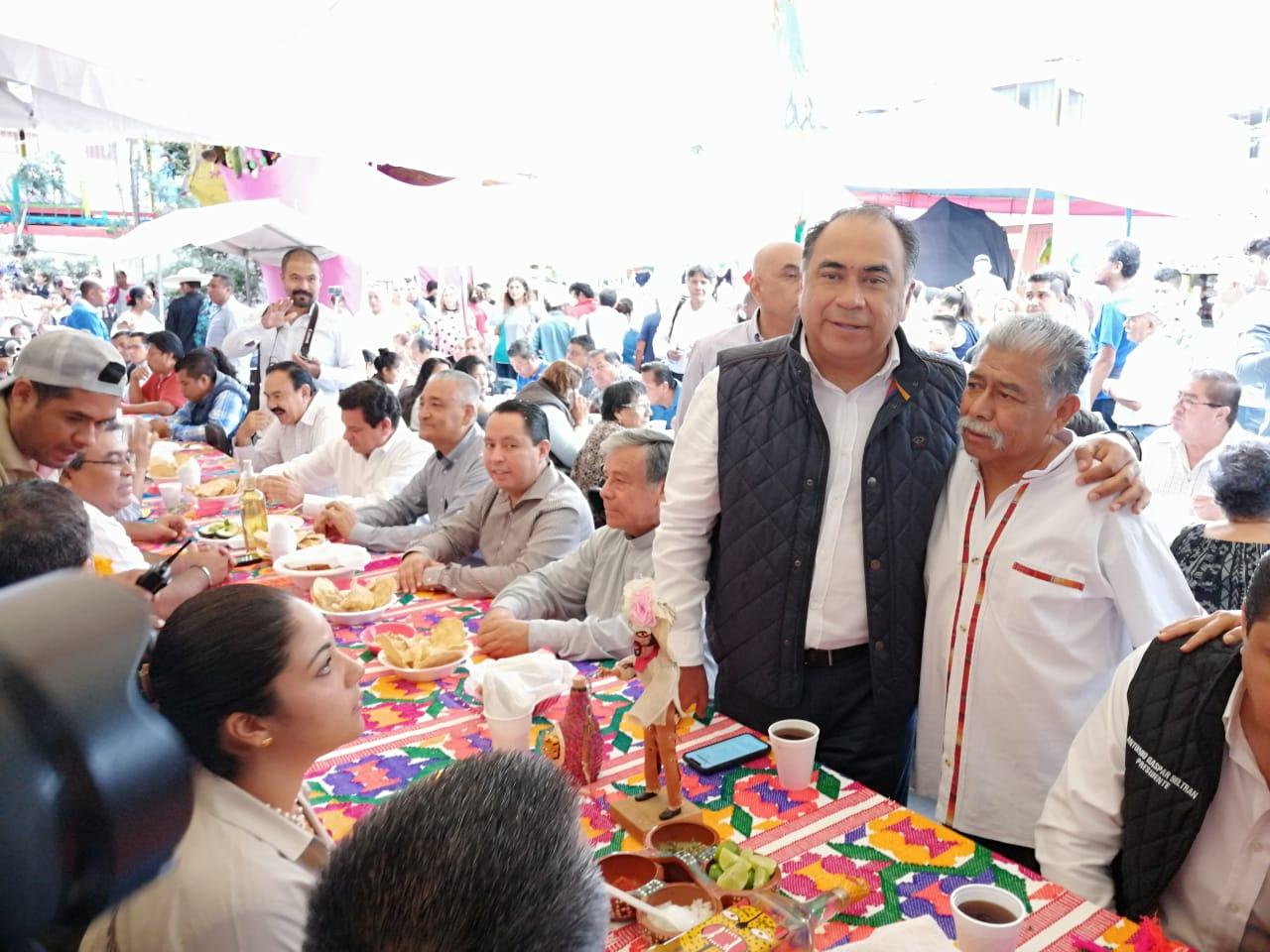Fiesta y tradición engalanan El Barrio de San Antonio en el Festejo del Santo Patrono