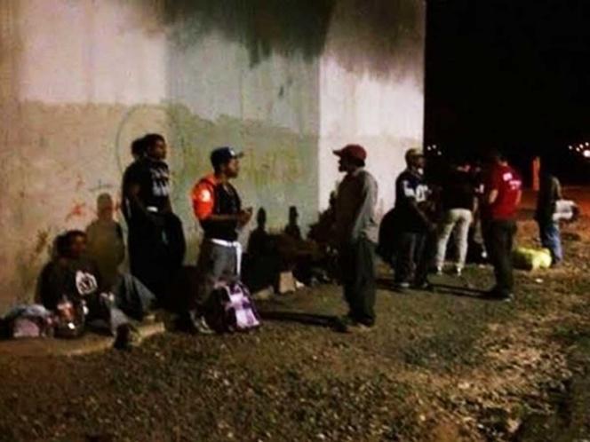 Viajaban 25 migrantes en camión y son detenidos