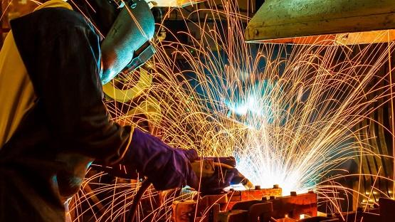 AMLO 'amarra' inversión en el sector siderúrgico