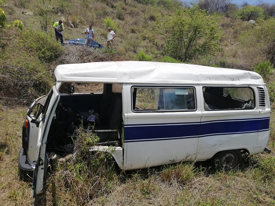 Accidente deja tres lesionados; entre ellos un menor