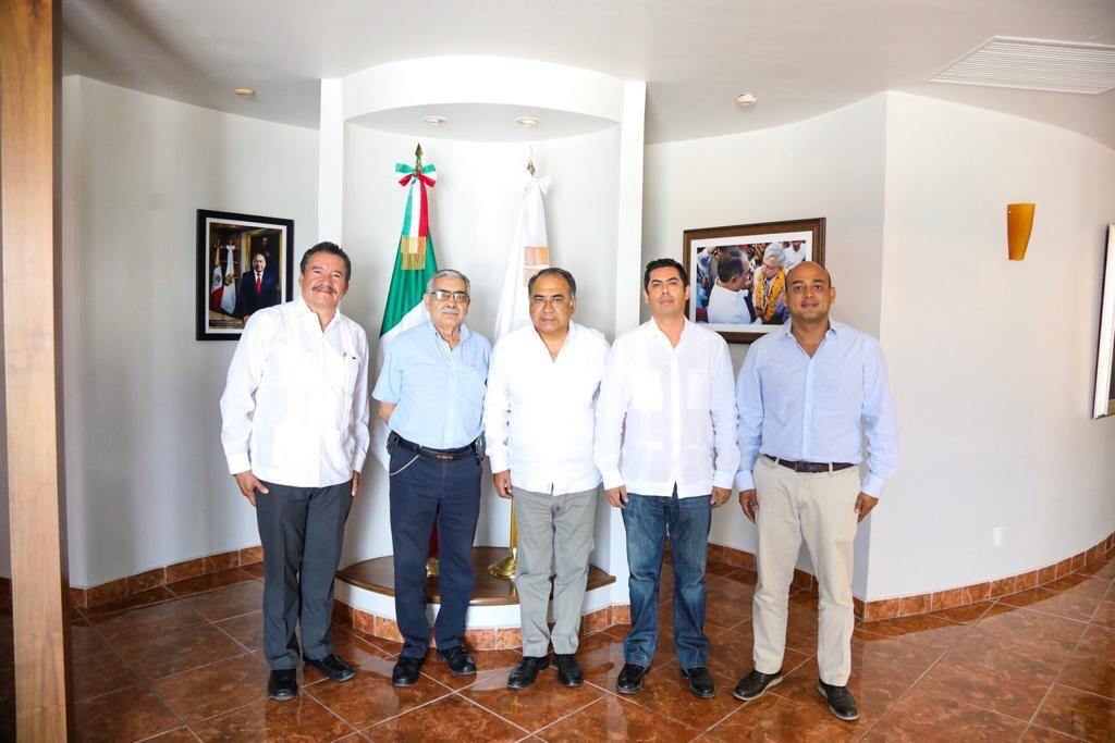 Astudillo Flores tomó protesta a Cosovi Ocampo  y a Rodolfo Monreal