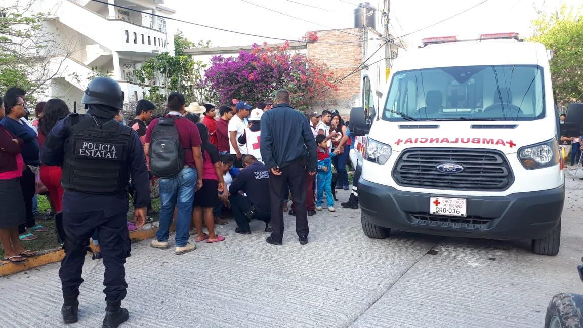 Diez heridos deja volcadura de una urvan en Chilpancingo; se quedó sin frenos
