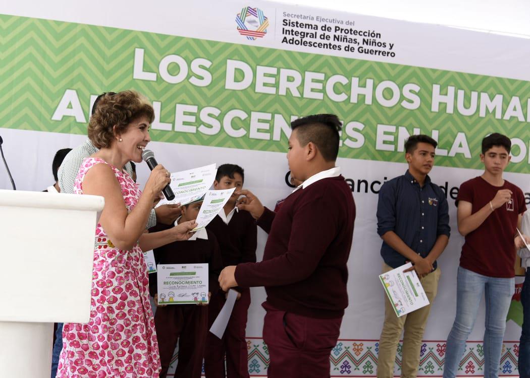 Llama el DIF estatal a gobiernos Municipales a crear sistemas de protección al infante y jóvenes